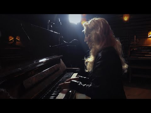 "JES ""Everything"" Live Acoustic 